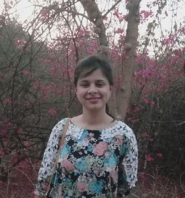 Chandni Bhambhani photo